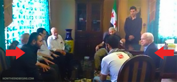 Sénator John McCain meeting at Azaz John McCain and the heads of the Free Syrian Army. In the left foreground, Ibrahim al-Badri, with which the Senator is talking. Next, Brigadier General Salim Idris (with glasses). 11] (pasted from Voltaire.net)