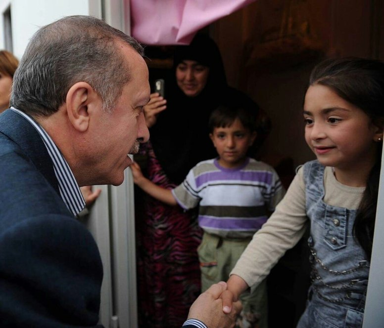 erdogan-with-child-czlpq3pw8ae86fs
